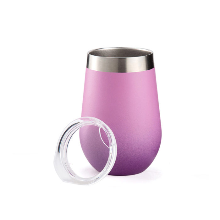 wine cup with clear lid